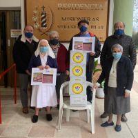 El Club Rotary de Huesca ha repartido 100 cajas de tisanas de Templarios del Dr. Abel Boldú